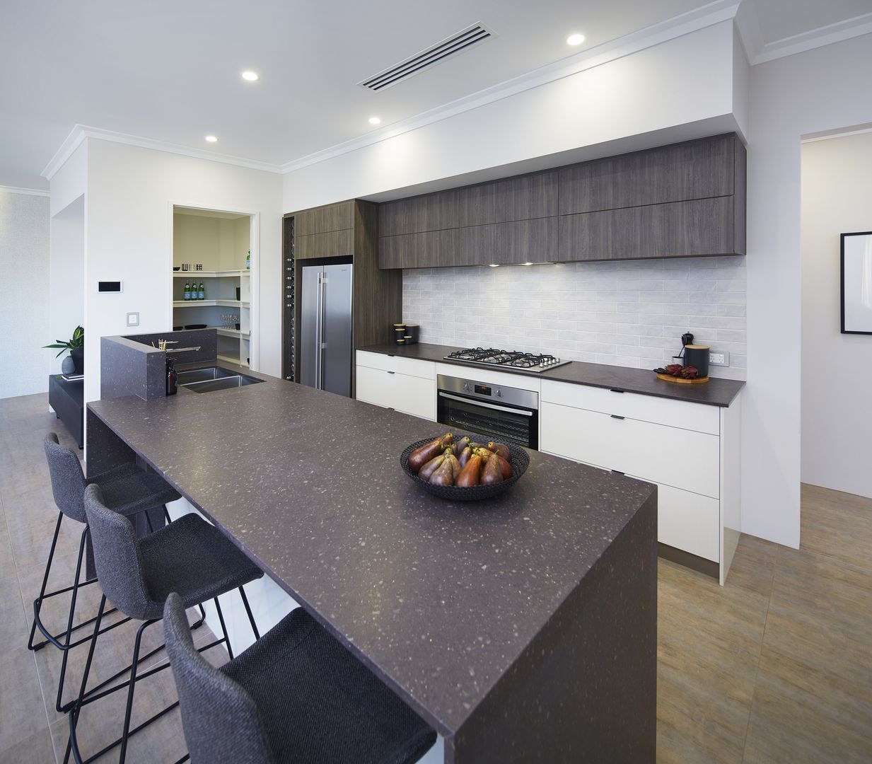 547 Clontarf Terrace, Canning Vale WA 6155, Image 0