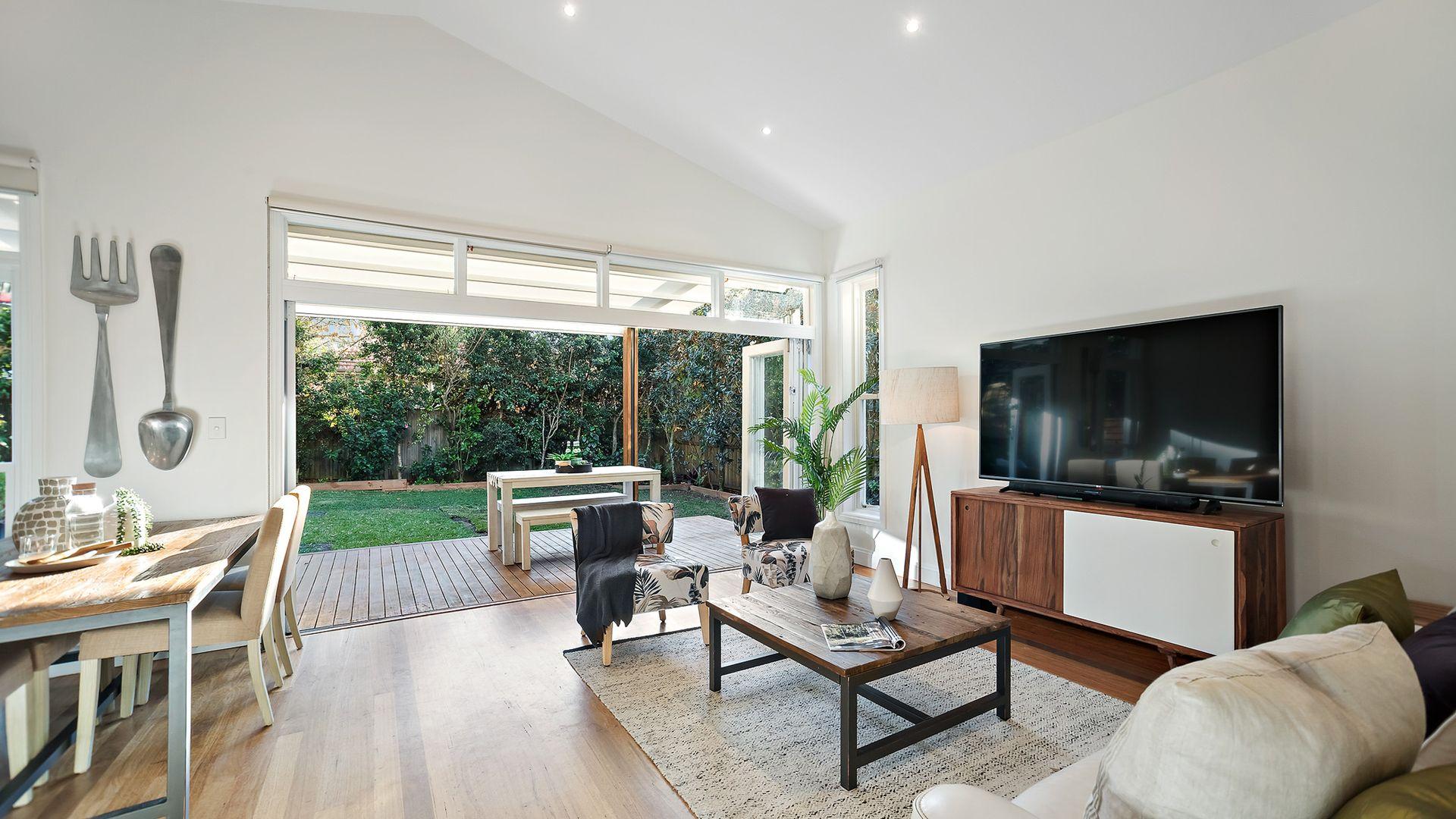 8 Brook Road, Seaforth NSW 2092, Image 1