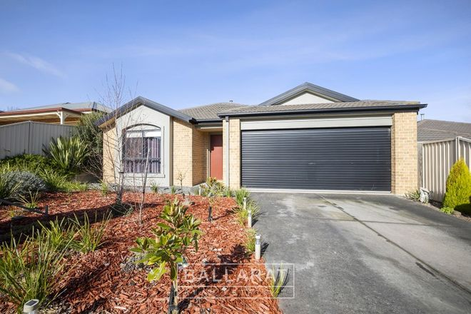 Picture of 16 Belmar Crescent, CANADIAN VIC 3350