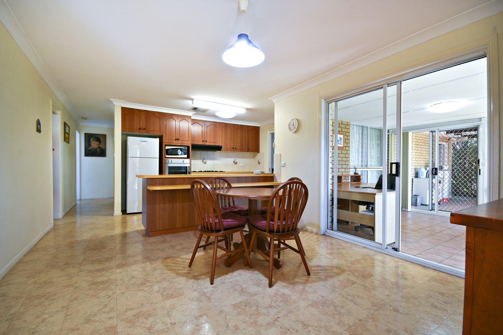 11 Kensington Avenue, Dubbo NSW 2830, Image 1