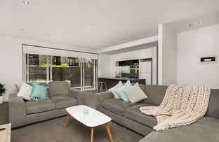 Picture of 1/17 Eucalyptus Drive, Maidstone VIC 3012