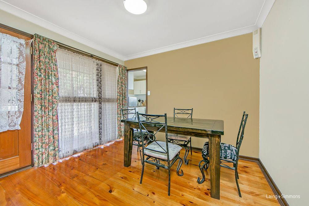 4 Roebuck Crescent, Willmot NSW 2770, Image 2