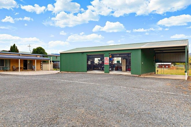 Picture of 21 Embankment Drive, MOUNT BEAUTY VIC 3699
