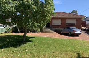 Picture of 10 Knox Cres, Melville WA 6156