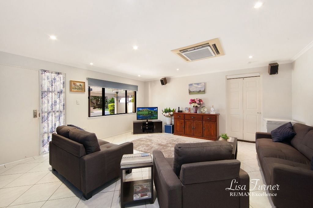 18 Selwyn Street, Cranbrook QLD 4814, Image 2