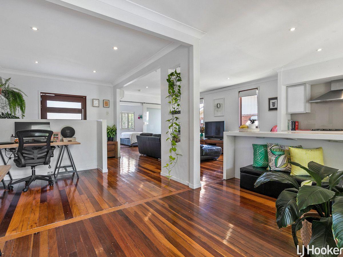 14 Weaber Street, Clontarf QLD 4019, Image 2