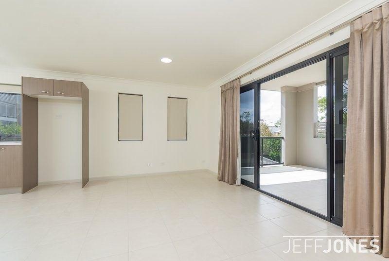 10/61 Birdwood Road, Carina Heights QLD 4152, Image 2