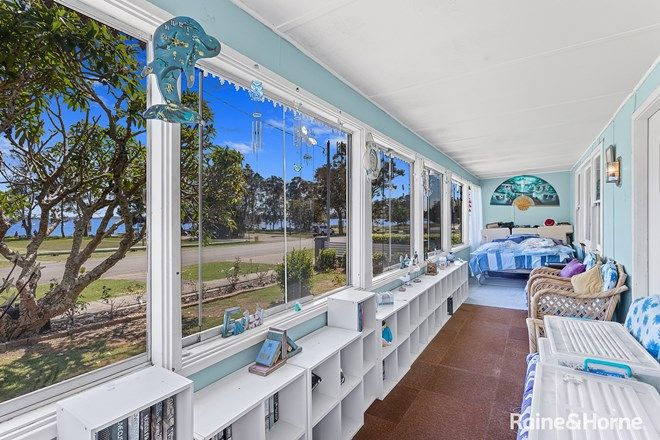 Picture of 8 Peace Parade, TANILBA BAY NSW 2319