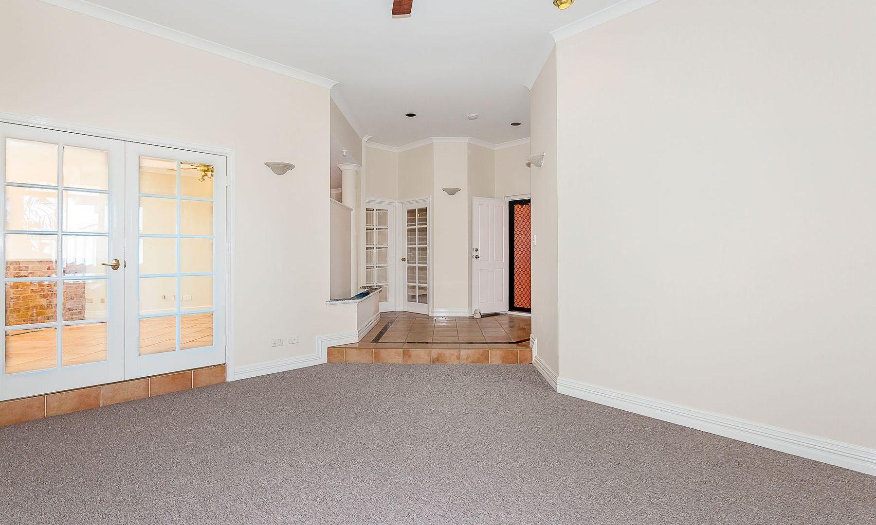 14 Garland Place, Singleton WA 6175, Image 1
