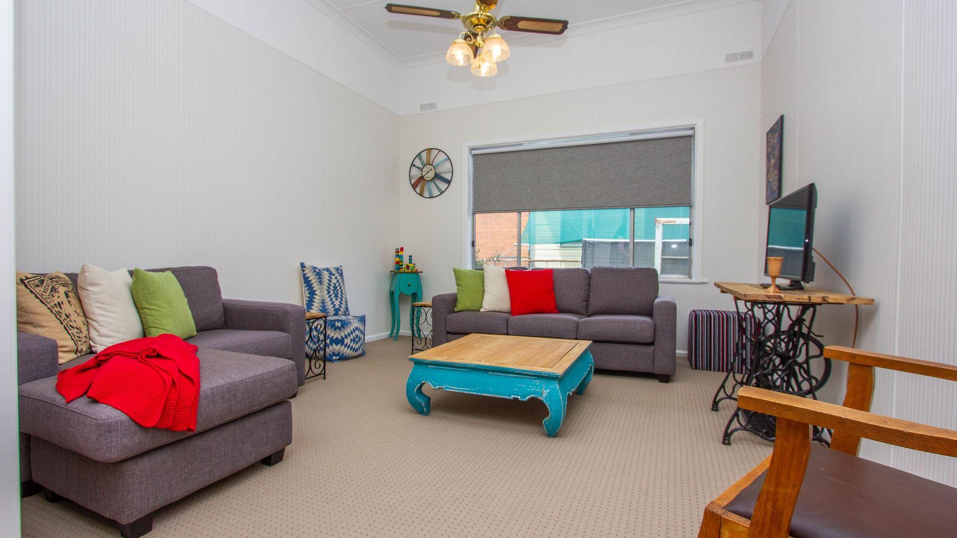 162 Larmer Street, Narrandera NSW 2700, Image 1