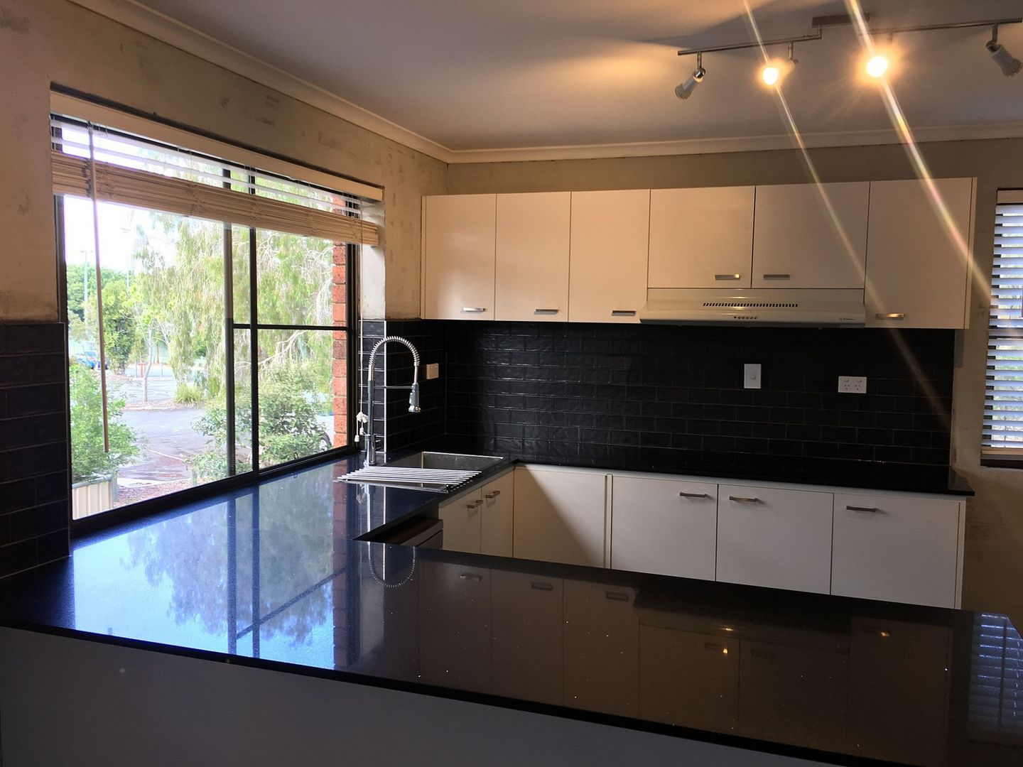 3/137 Olearia St, Everton Hills QLD 4053, Image 2