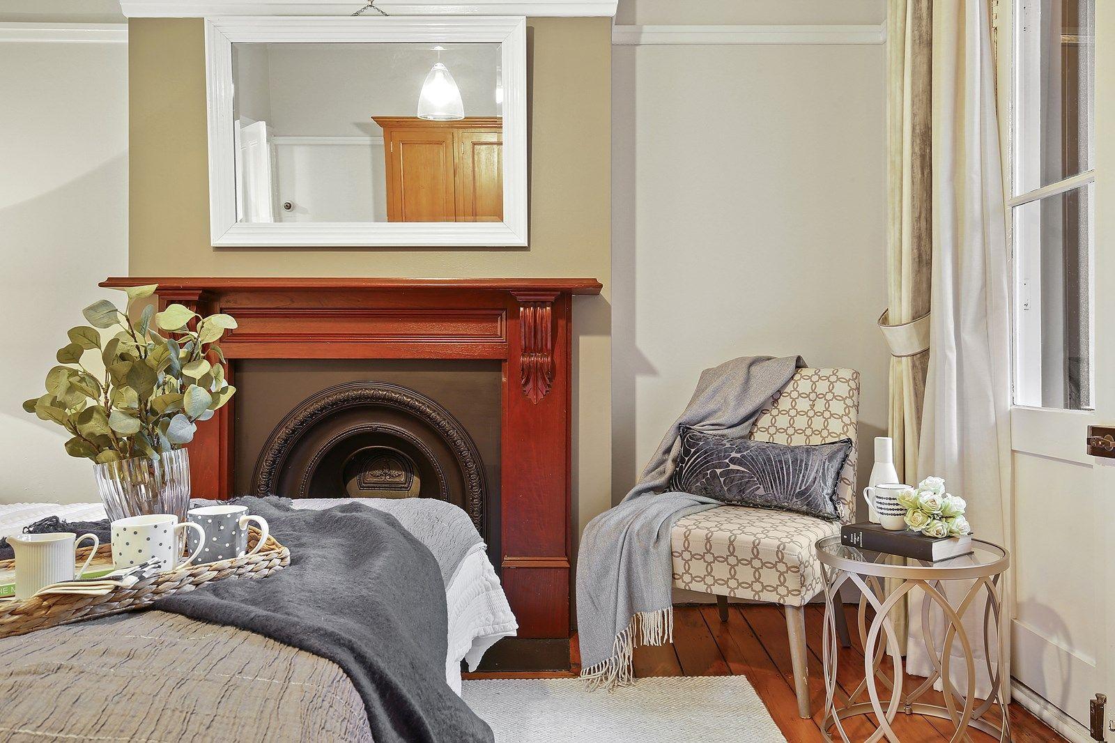 4 Holt Street, Newtown NSW 2042, Image 2