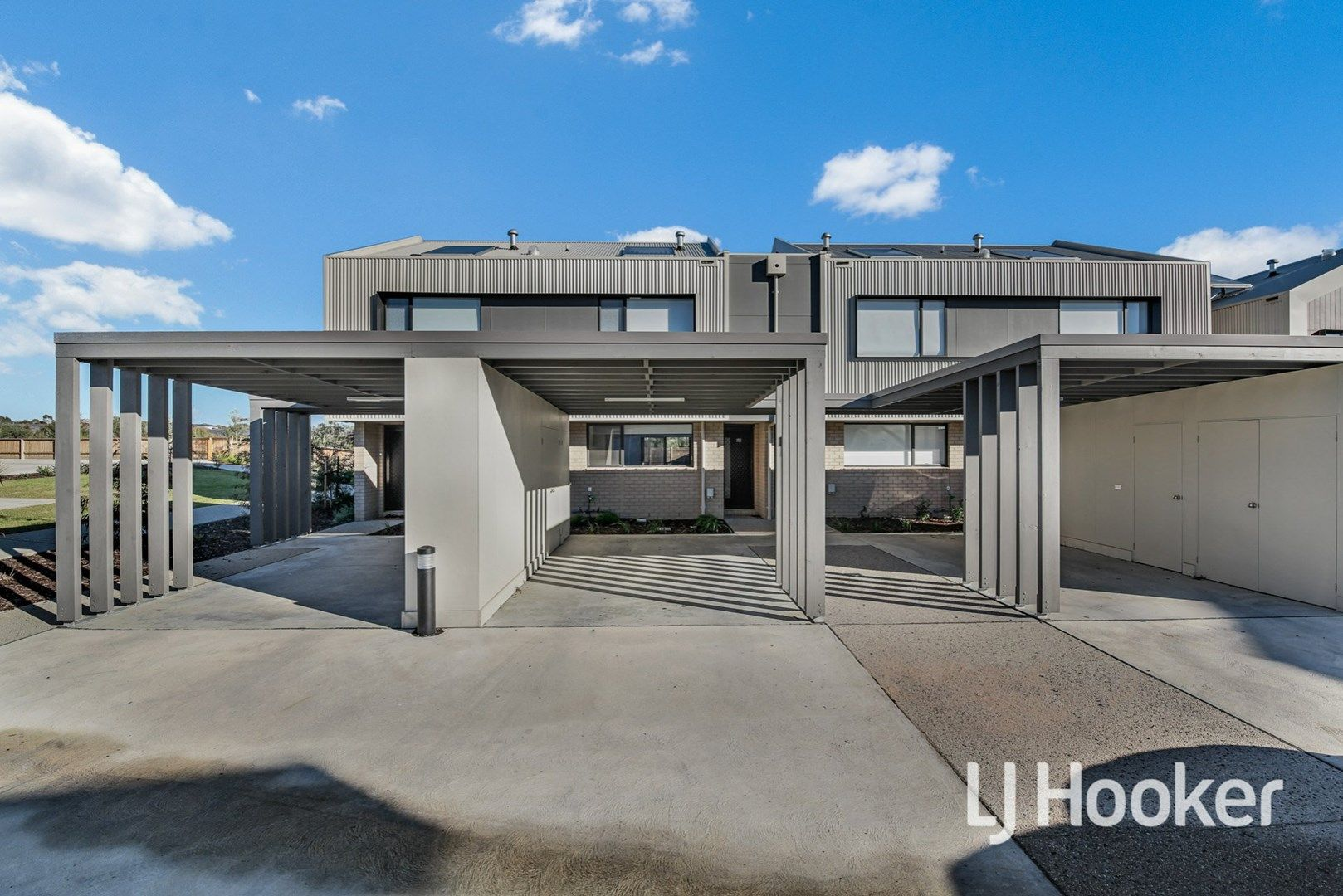 38 Boutique Lane, Cranbourne West VIC 3977, Image 0