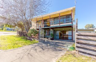 Picture of 2 Archer Street, Lakes Entrance VIC 3909