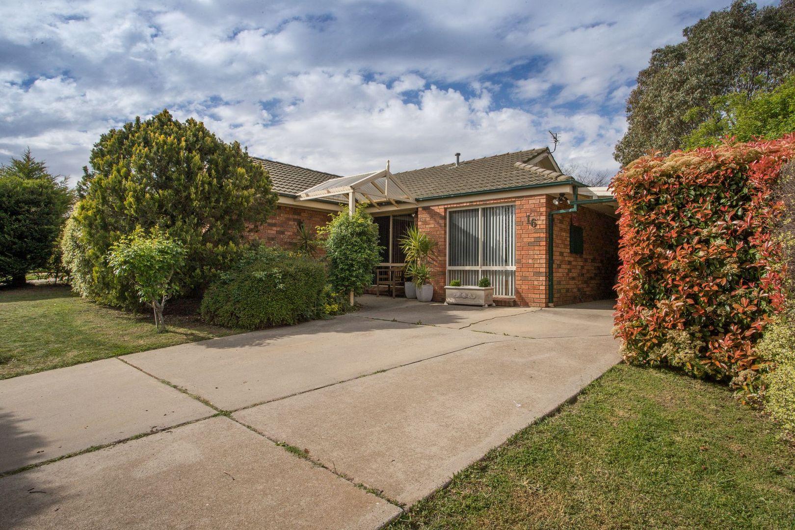 16 Turner Crescent, Orange NSW 2800, Image 0