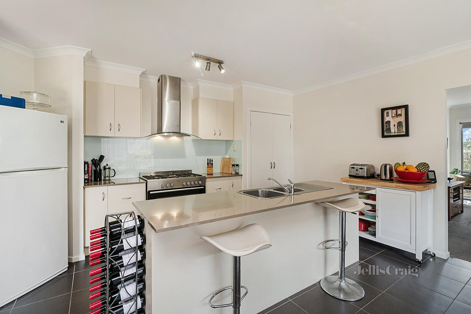 59 Old Lancefield Road, Woodend VIC 3442, Image 2