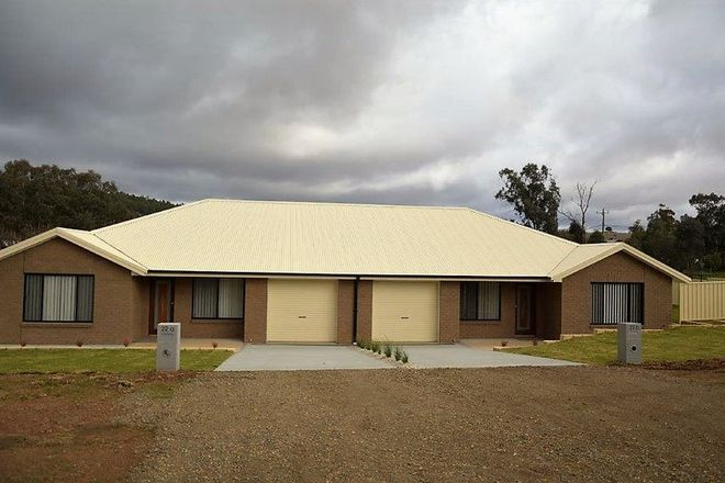 Picture of 1 & 2/22 Sutton St, CANOWINDRA NSW 2804