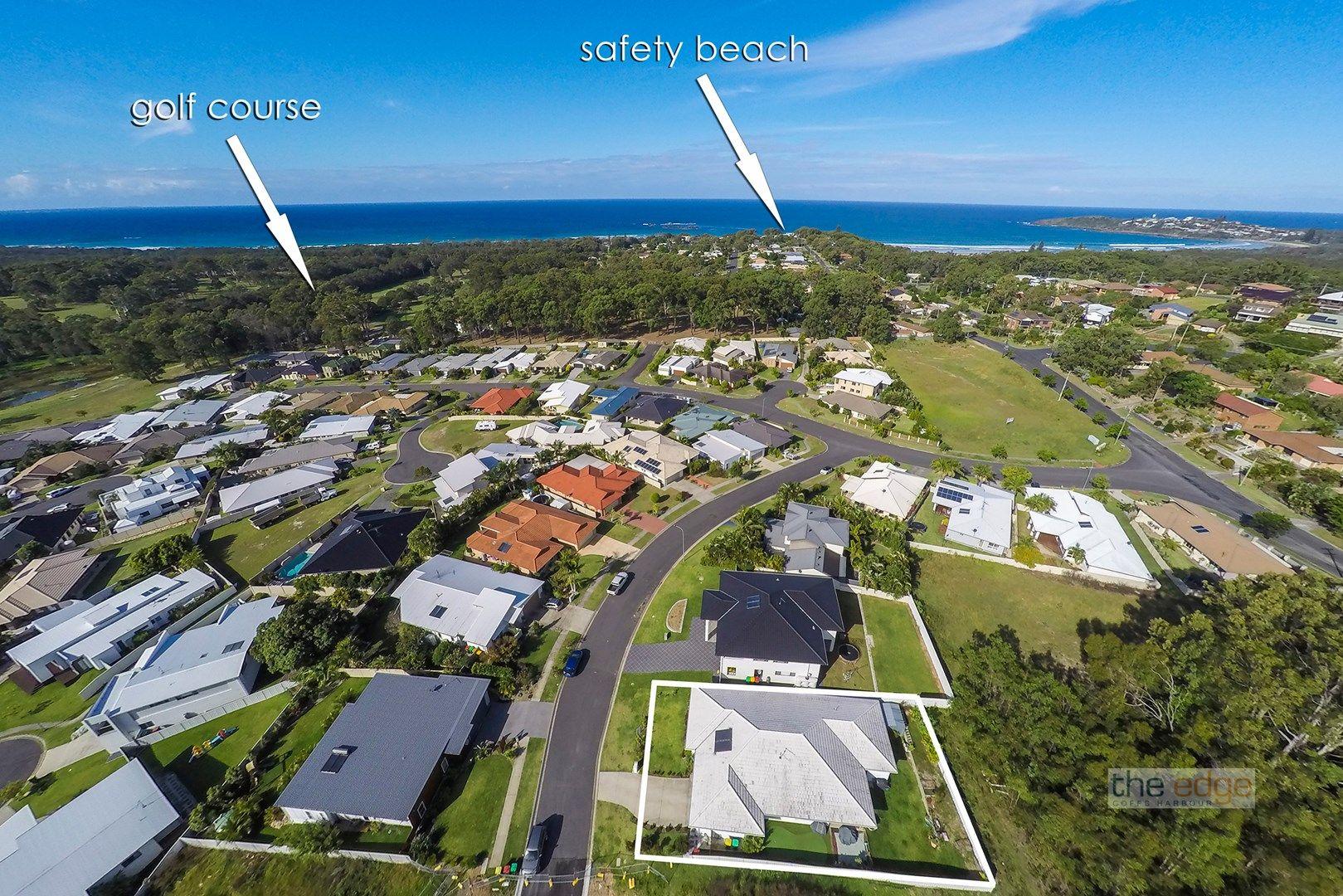 7 Yachtsman Drive, Safety Beach NSW 2456, Image 0
