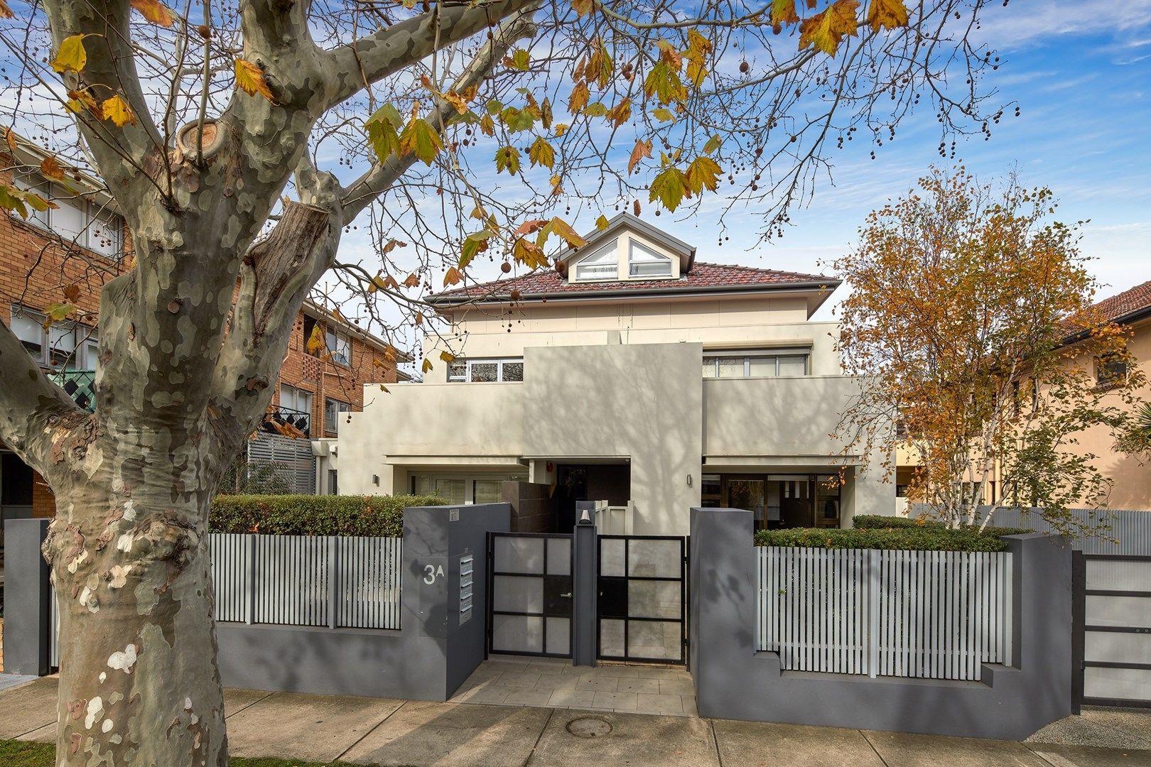 2/3A Wimbledon Avenue, Elwood VIC 3184, Image 1