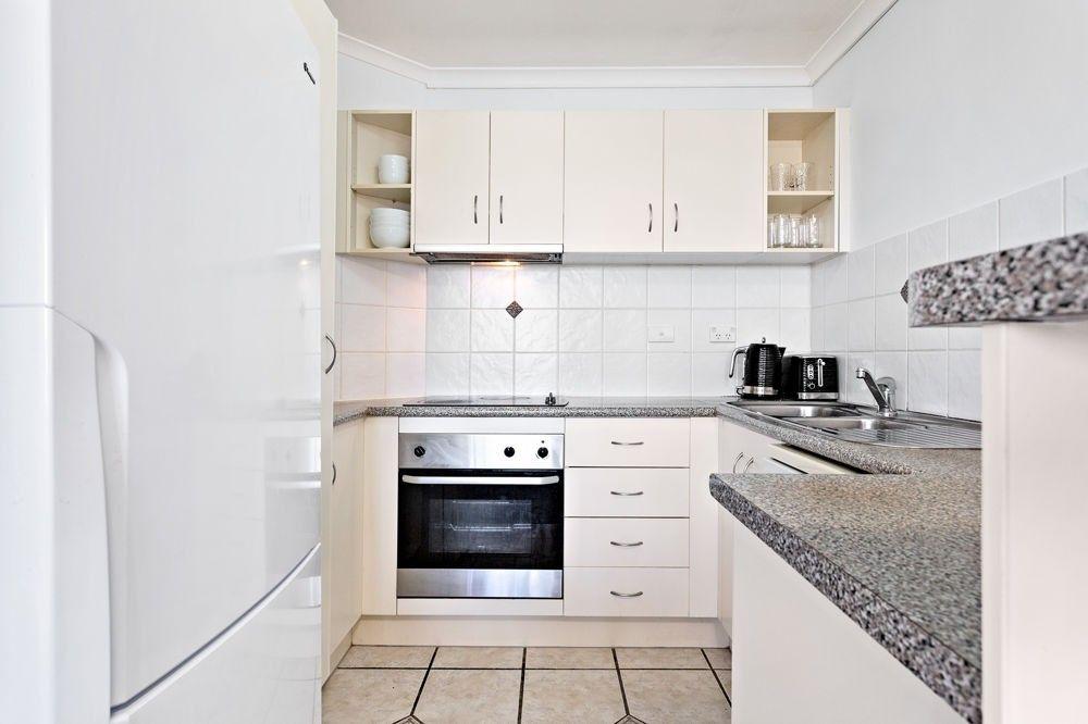 6/63 Vale Street, Kelvin Grove QLD 4059, Image 2