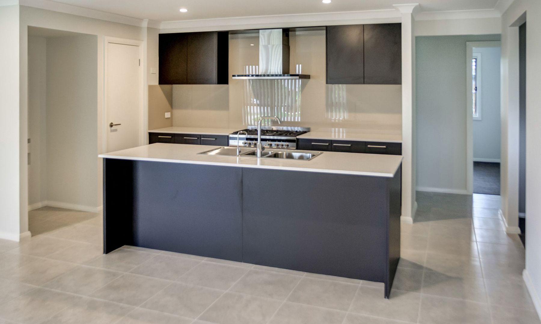 33 McKeachie Drive, Aberglasslyn NSW 2320, Image 1