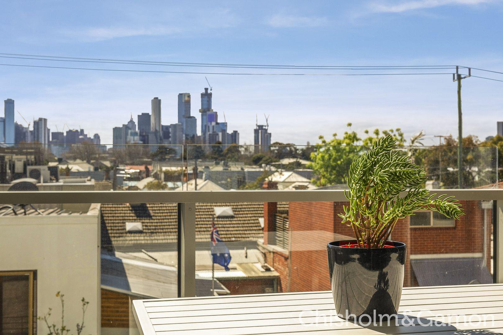 215/99 Dow Street, Port Melbourne VIC 3207, Image 1