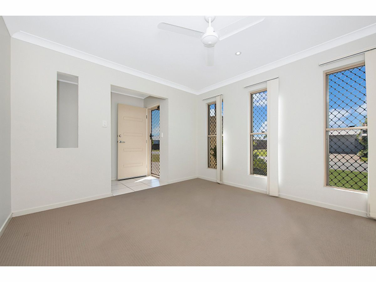 27 Ellenor Street, Mount Low QLD 4818, Image 1