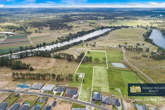 Picture of 39 Cleary Drive, PITT TOWN NSW 2756