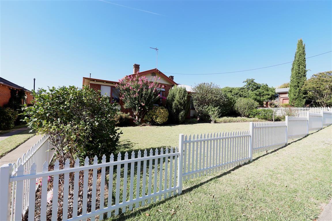 186 Wynyard Street, Tumut NSW 2720, Image 0