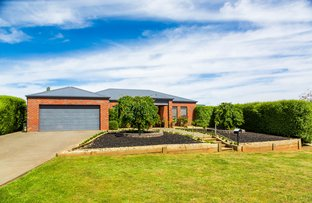 Picture of 3 Muir Court, Romsey VIC 3434