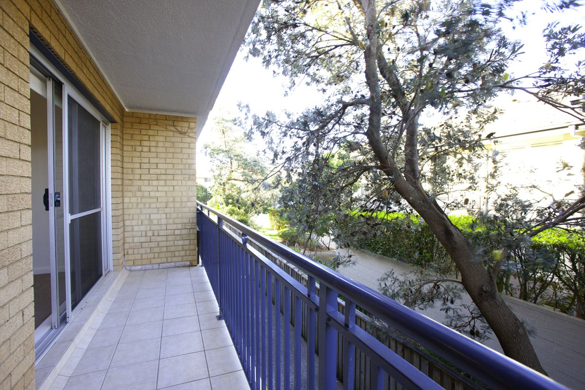 8/4 Wetherill Street, Narrabeen NSW 2101, Image 2