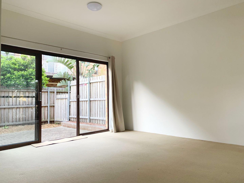 2/67 Beattie Street, Balmain NSW 2041, Image 2