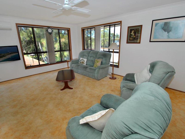141 The Lake Circuit, Culburra Beach NSW 2540, Image 2