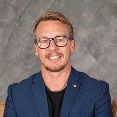 Nathan Powell, Sales representative