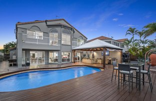 Picture of 8 Folkstone Place, Runaway Bay QLD 4216