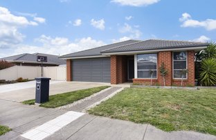 Picture of 15 Ascot Gardens Drive, Delacombe VIC 3356