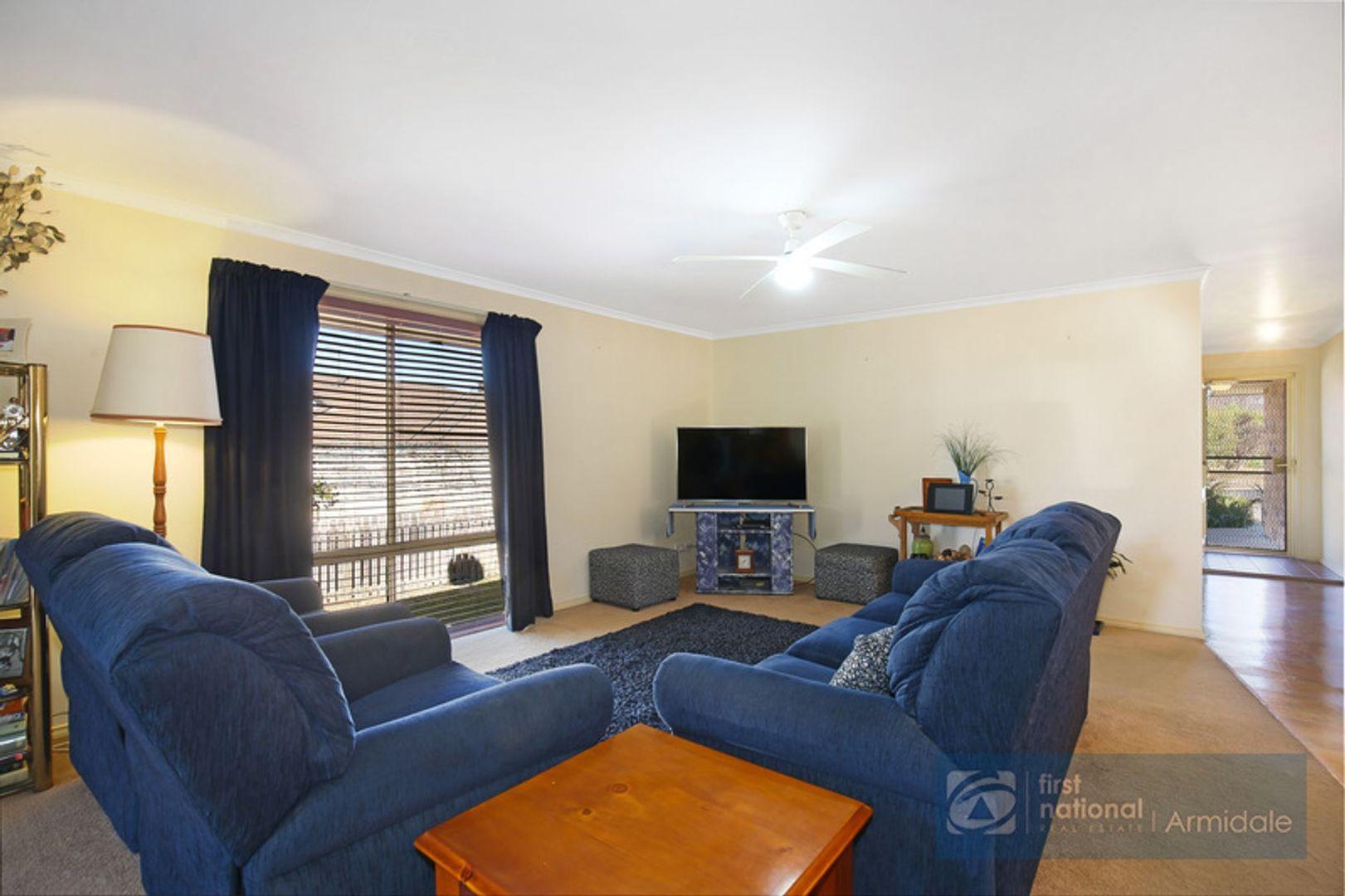 3 Todd Close, Armidale NSW 2350, Image 2