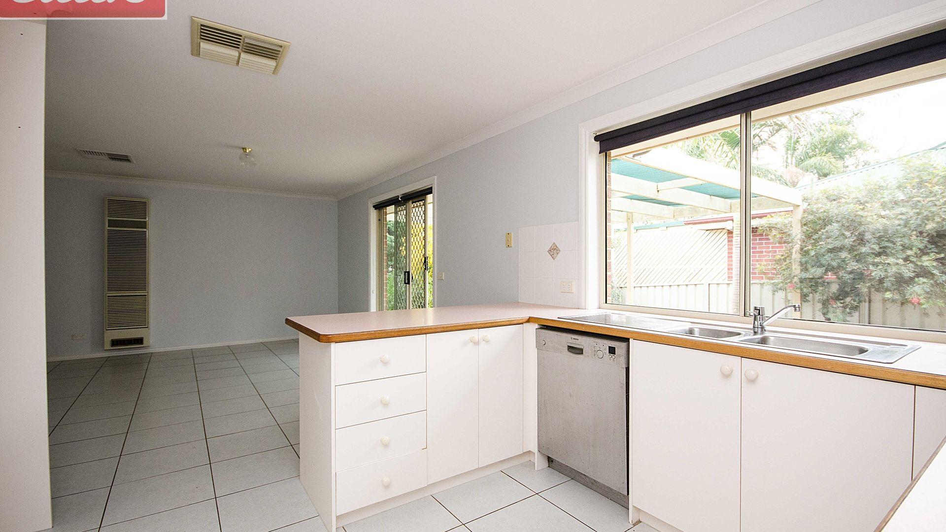 1 Eagle Court, Wodonga VIC 3690, Image 2