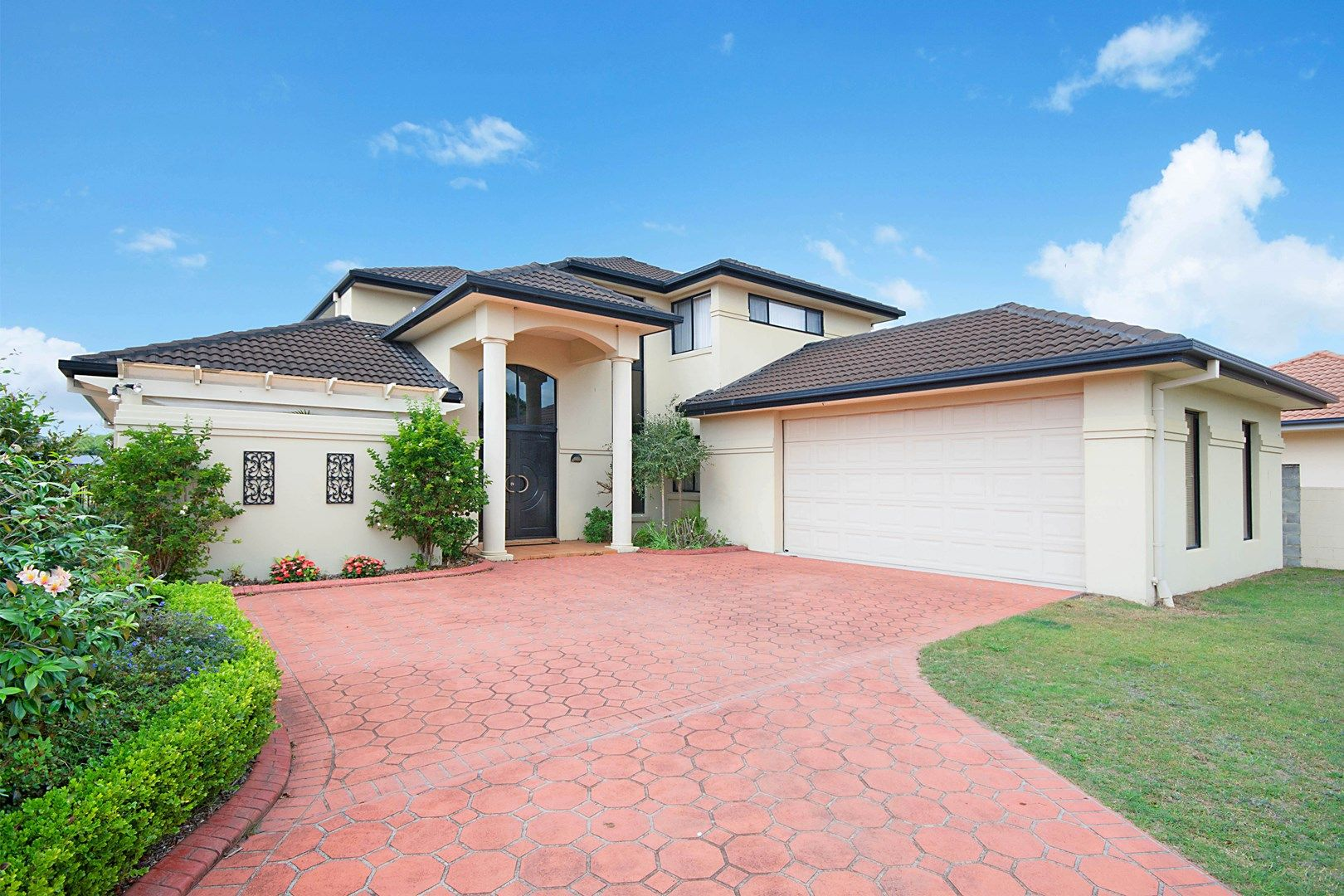 12 Edgewater Close, Yamba NSW 2464, Image 0