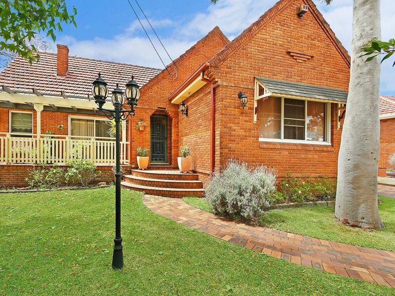 36 Stuart Street, Blakehurst NSW 2221, Image 0
