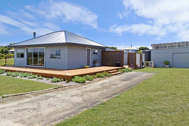 Picture of 105 Keirana Avenue, DUTTON WAY VIC 3305