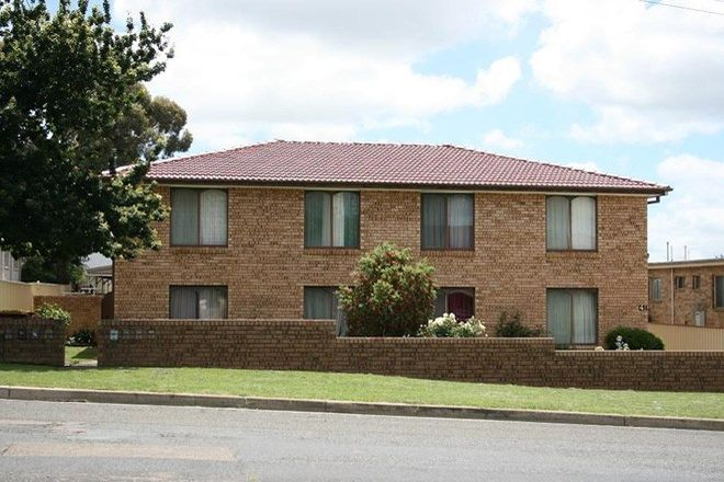 Picture of 2/41 Combermere Street, GOULBURN NSW 2580