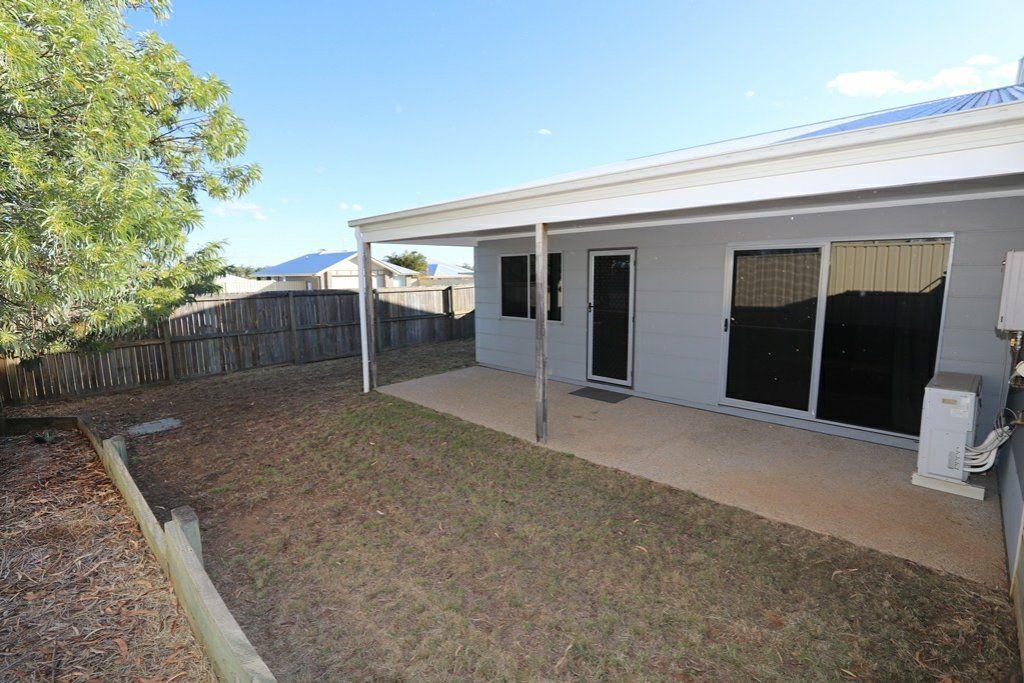 26/8 Hillcrest Street, Emerald QLD 4720, Image 1