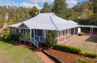 Picture of 'Raymond Hill Cottage' 32R/A Benolong Road, Dubbo NSW 2830