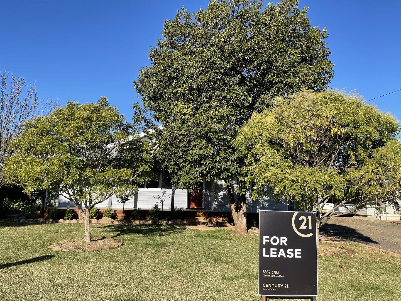 42 Wambat Street, Forbes NSW 2871, Image 2