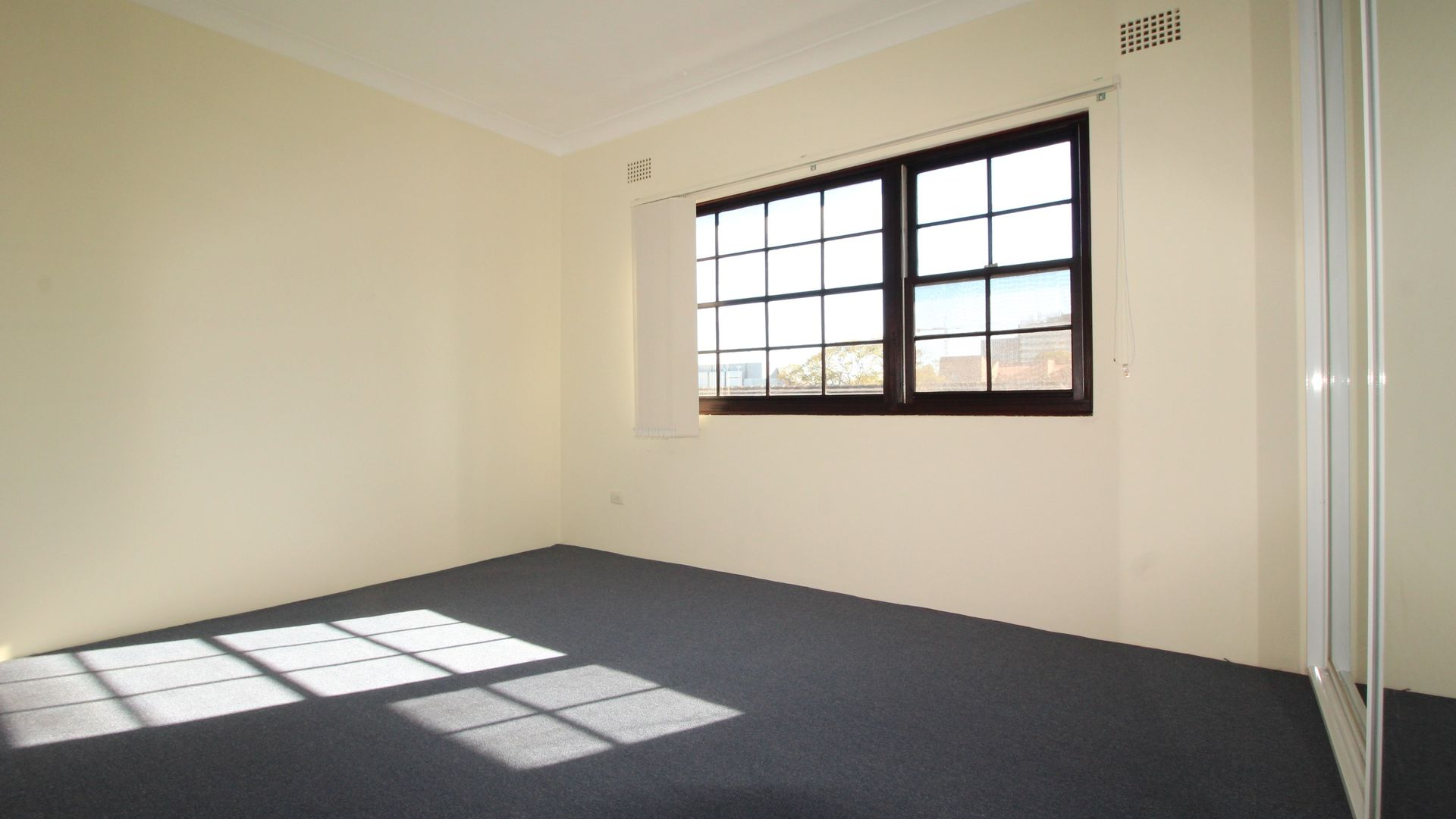 9/7-9 Harbourne Road, Kingsford NSW 2032, Image 2