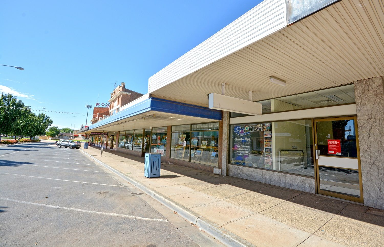 96 Pine Avenue, Leeton NSW 2705, Image 1