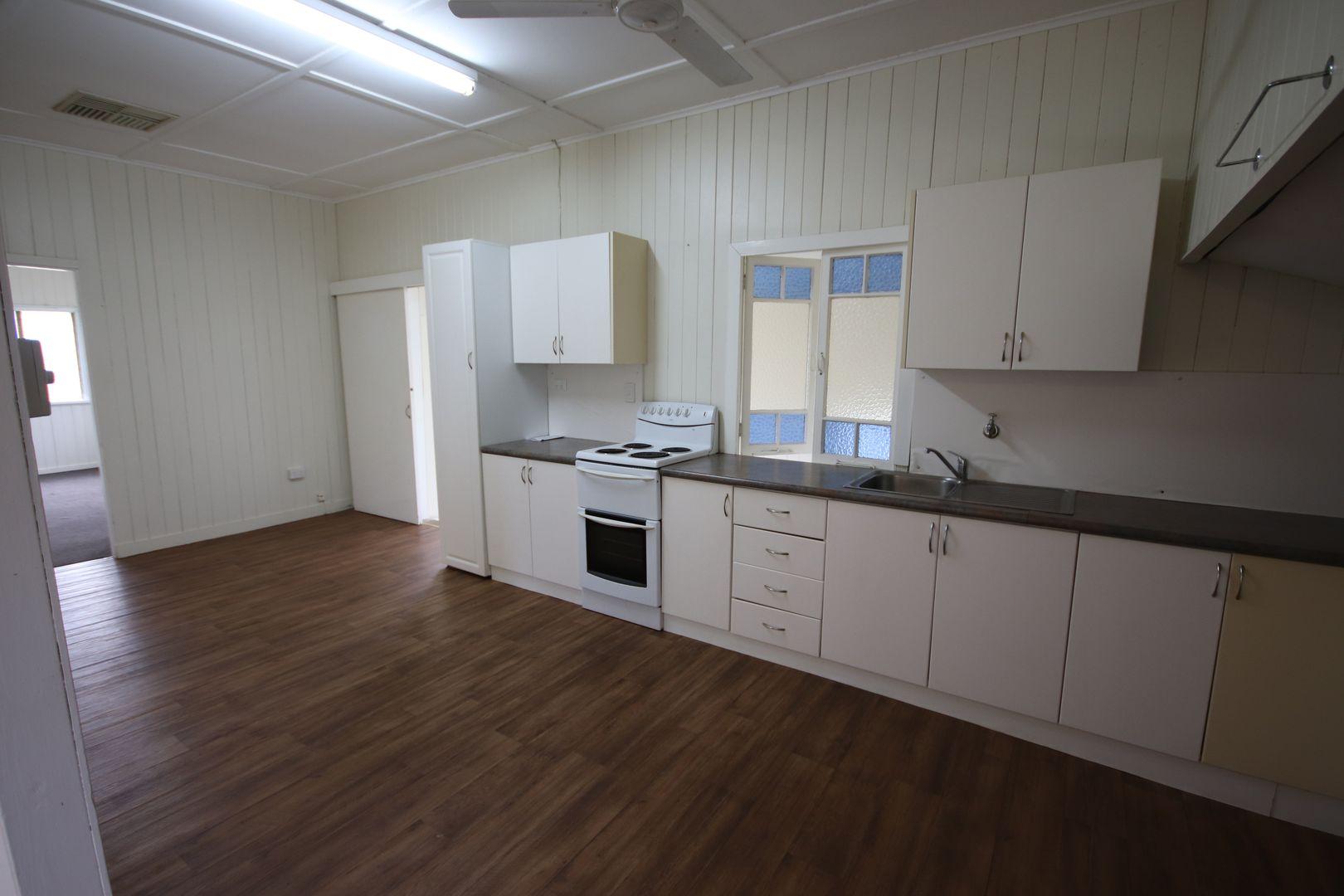 36 Bauer Street, Mundubbera QLD 4626, Image 2