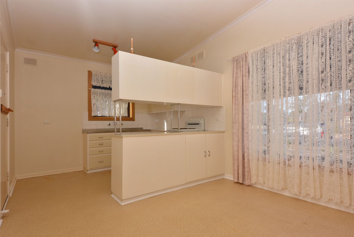 118 Cartledge Avenue, Whyalla Stuart SA 5608, Image 2