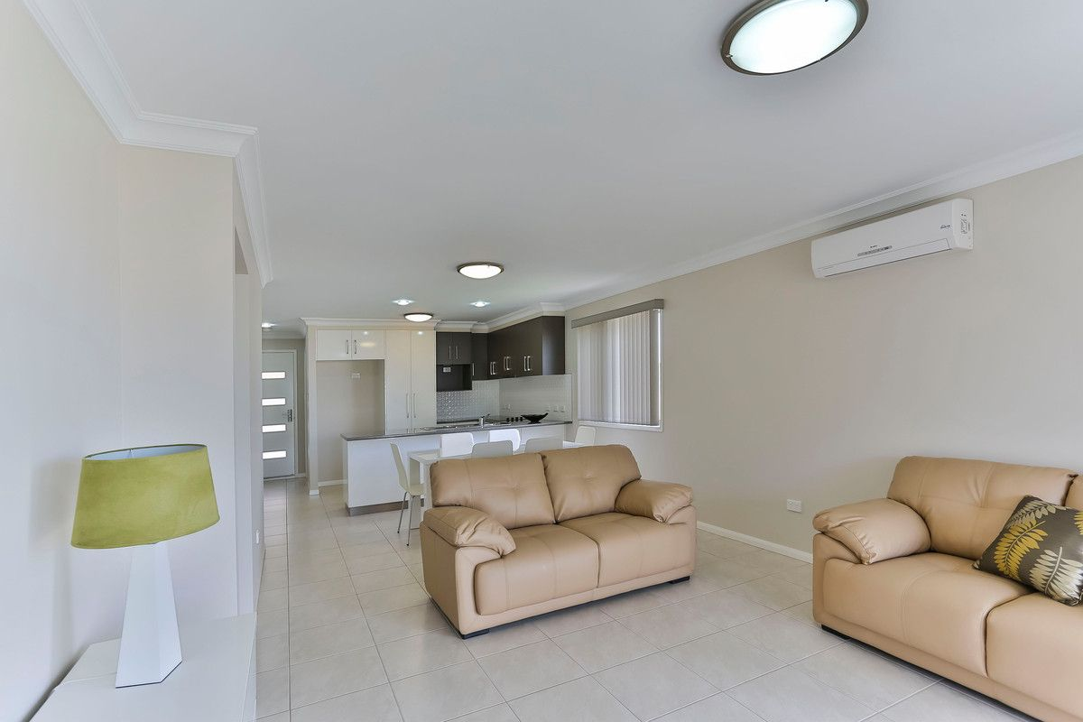 9 Whitley Court, Glenvale QLD 4350, Image 1